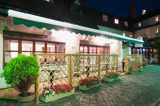 Villiers Hotel: Terrace