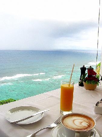 Karma Kandara: Breakfast view at Del Mare