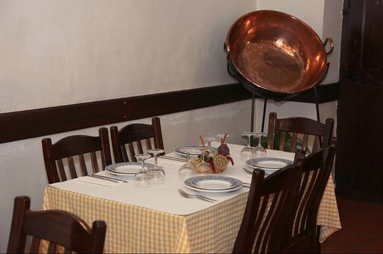 Μούρα, Πορτογαλία: Restaurante O Trilho