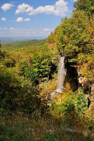 Goshen, VA: Hike down into this waterfall - it was beautiful
