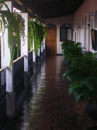 "Casa Florencia Hotel: ""Nice corridor to our room on the second floor"""