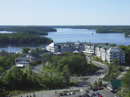 Minett, Canada: Luxury Muskoka resort on Lake Rosseau