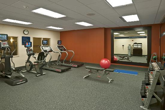 Hampton Inn Bath Brunswick: Work out in our Spacious Fitness Center