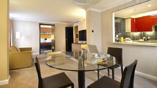 Hilton London Kensington: Residential Suite, Living Room