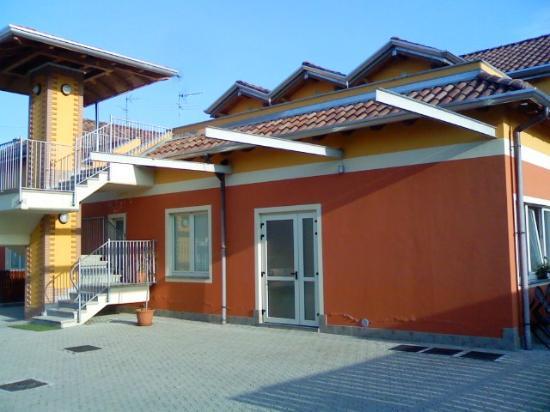 La Siesta Bed & Residence: Esterno (retro)