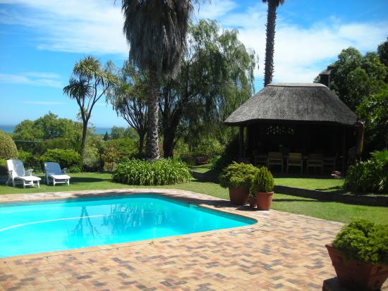 Villa Vista: Pool and Lapa/Braai