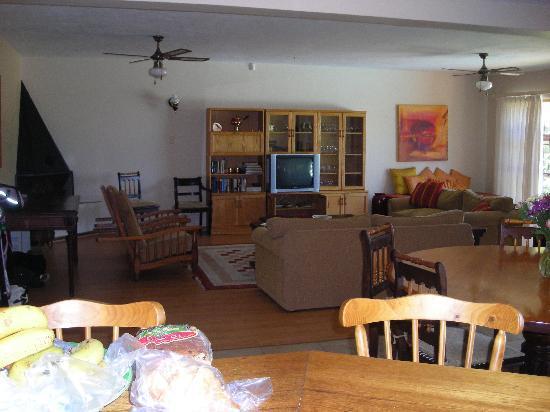 Villa Vista : Living room area