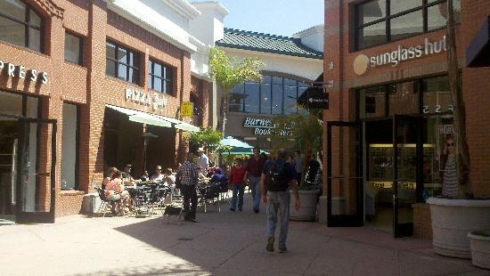 San Luis Obispo, CA: Shops in downtown SLO