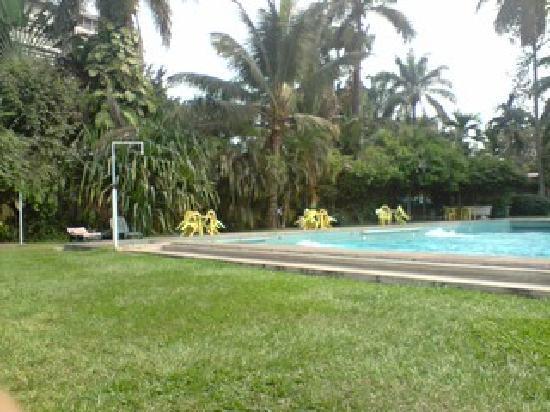 Kinshasa, République démocratique du Congo : PISCINE-ELAIS-GOMBE