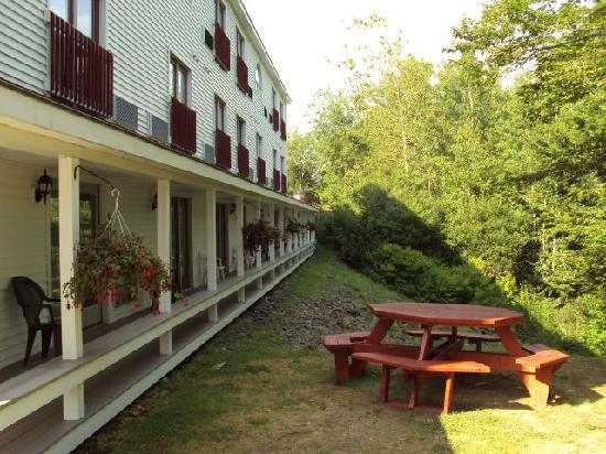 BEST WESTERN Freeport Inn: top side deck