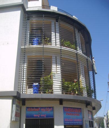 Vardhaman Paradise Hotel