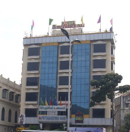 FabHotel Priyadarshini Park Mount Road : Hotel Priyadarshini Park