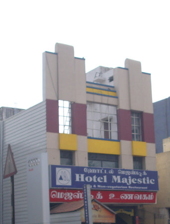 Majestic Lodge