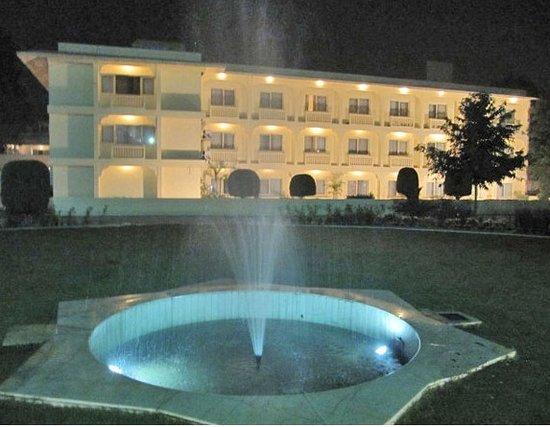Hotel Ritz Plaza