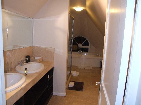 Ocean Eleven Guesthouse: Bathroom luxury