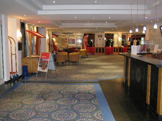 Club Med Saint Moritz Roi Soleil: lobby