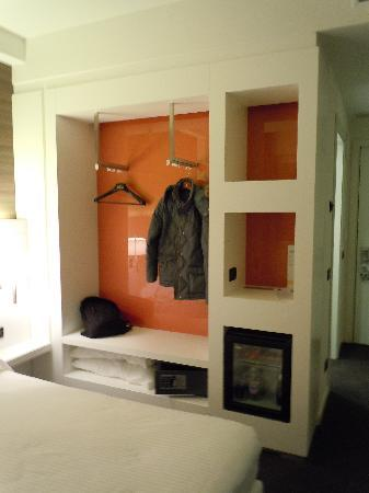 Holiday Inn Express Rome-east: My cool closet worked really well