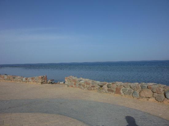 Dahab Plaza Hotel : the crowded beach!