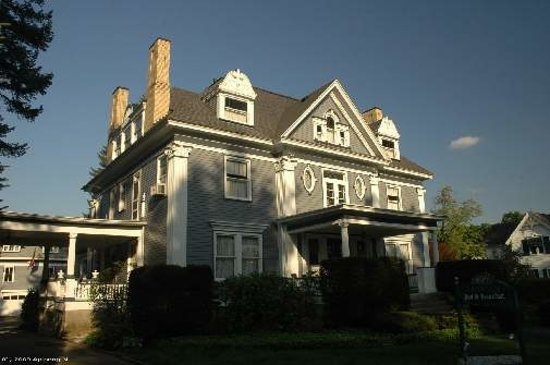 Warren, Pensilvanya: The Horton House Bed & Breakfast Inn