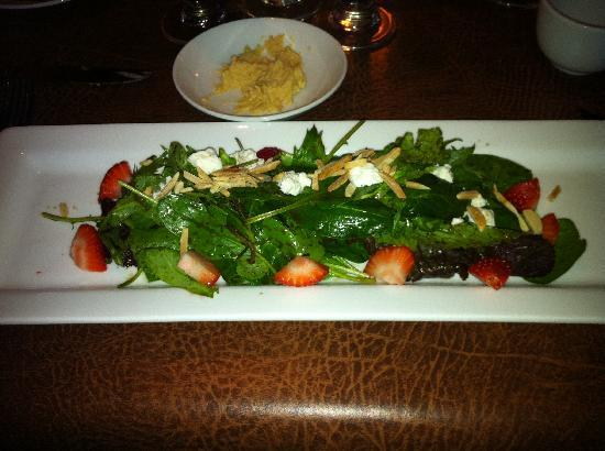 Steeples Restaurant: FRESH STRAWBERRIES & GOAT CHEESE  Salad