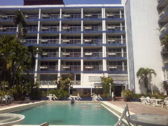 Auto Hotel Ritz Acapulco: Solo en alberca Auto Hotel Ritz