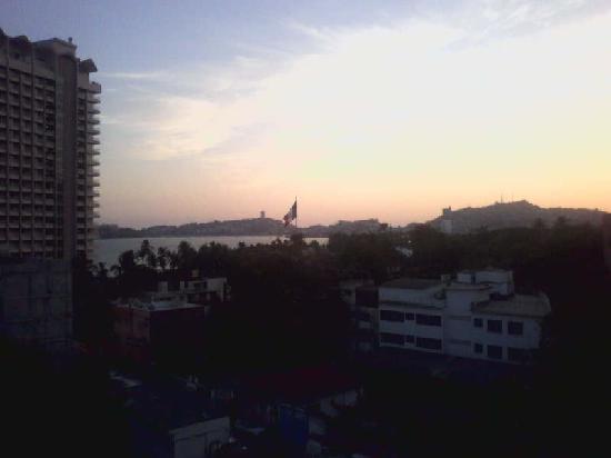 Auto Hotel Ritz Acapulco: Vista del 6to. piso Auto Hotel Ritz