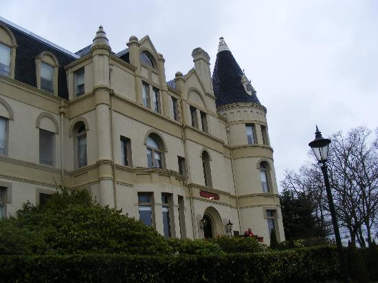 Manresa Castle: Hotel