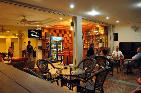 Sunmar Inn Patong: Lobby
