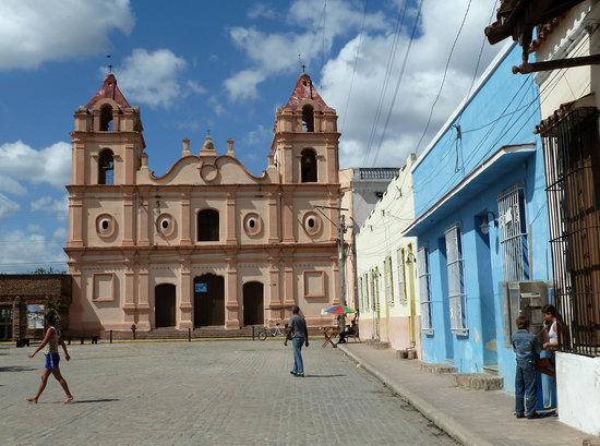 Plaza del Carmen: Iglesia de Nuestra Senora del Carmen