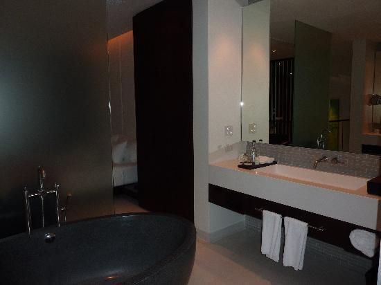Twinpalms Phuket: Badezimmer