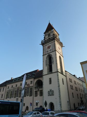 ‪Altes Rathaus (Old Town Hall)‬