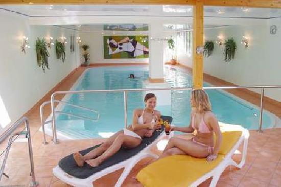 Oberaula, Deutschland: Schwimmbad