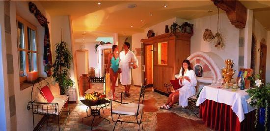 Familienhotel Seetal: 1.000m² Wellnessbereich