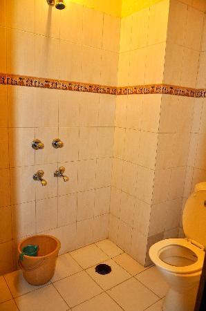 Hotel Baba Haveli: Salle de bain