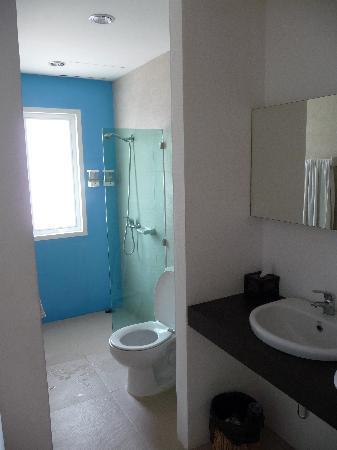 Nantra De Comfort: La salle de bains