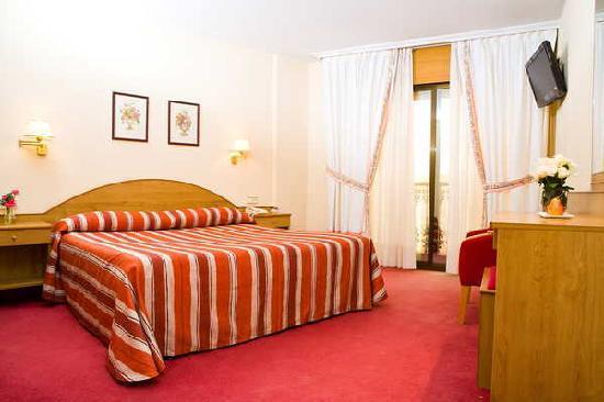 Hotel Maruxia: habitacion standar