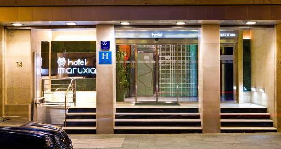 Hotel Maruxia: entrada al hotel
