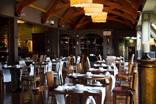 Castle Leslie Estate: Snaffles Restaurant