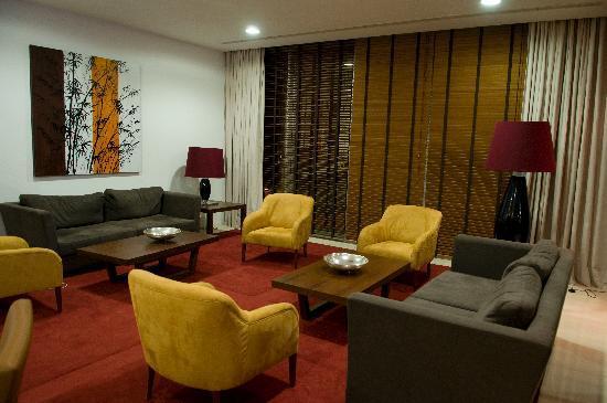 Skyna Hotel Luanda : Bar Semba