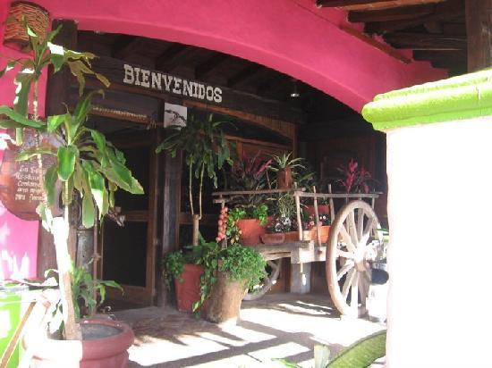 Los Zarapes: the entrace