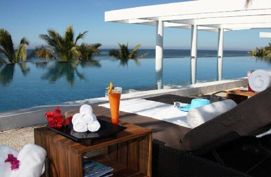 La Tranquila Breathtaking Resort & Spa: Infinity Pool