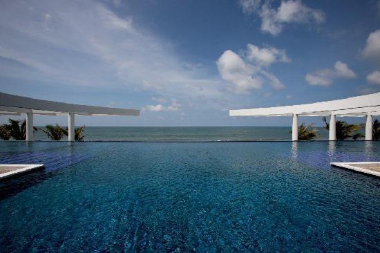 La Tranquila Breathtaking Resort & Spa: Main Pool