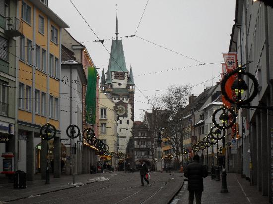 Freiburg im Breisgau, Tyskland: una delle strade principali