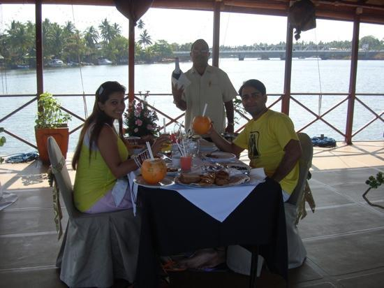 Bentota Beach by Cinnamon: private champagne breakfast!!!