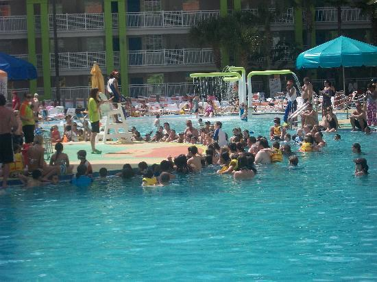 Lagoon pool picture of nickelodeon suites resort for Pool show orlando