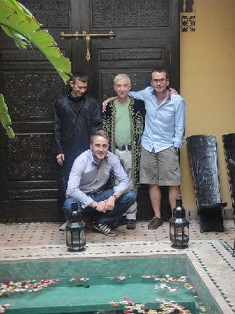 Riad Aguaviva: MANEL, DAVID, HENRIK Y YO