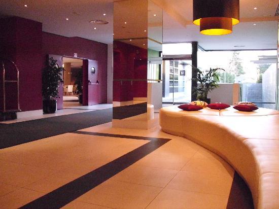 Hotel Nuevo Boston: Reception