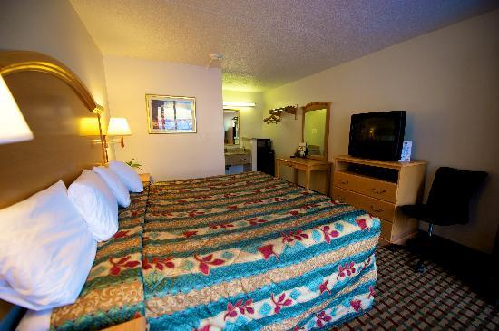 Econo Lodge Elkridge: King Room