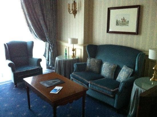 Hotel Principe Di Savoia: Il salotto