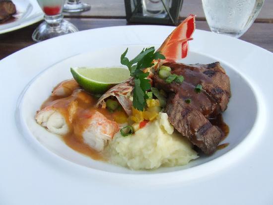 The Flying Fishbone: 1/2 sirloin 1/2 lobster